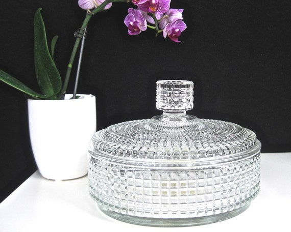 Faceted Glass Vanity Light: Avon Lidded Powder Box Faceted Glass Signed Crystal Beauty