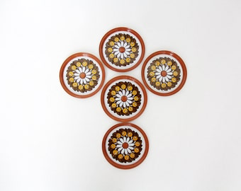 Vintage coasters // 70s pattern round colorful metal coasters // set of 5