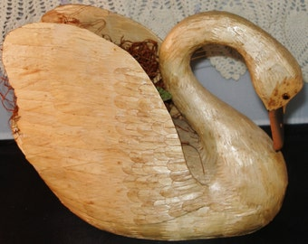 REED STRAW SWAN Planter