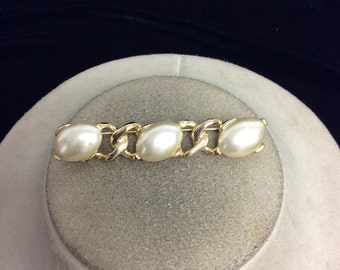 Vintage Faux Pearl Bar Pin