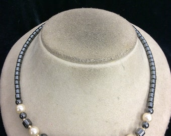 Vintage Metalic Glass Beaded Faux Pearl Rhinestone Necklace