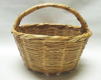 Natural Wicker Garden Basket With Short Handle