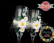 SALE -15% OFF Daisy Weddings -Spring-summer Wedding champagne glasses Tender daisies-Flower wedding flutes -Wedding Favor-Wedding glass-Gift