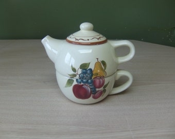 vintage teapot and teacup, around the orchard home, vintage home decor