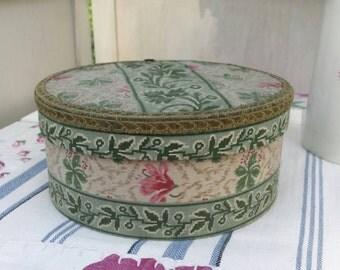 Pretty antique French box