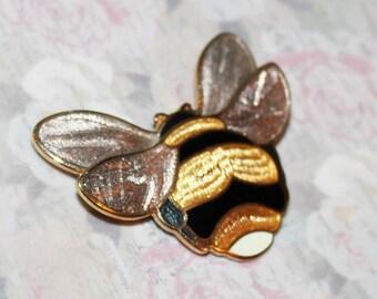 Unusual Vintage ENAMEL BUMBLE Bee Honey Bee Bug Pin Brooch-Gold Tone-Estate Jewelry!