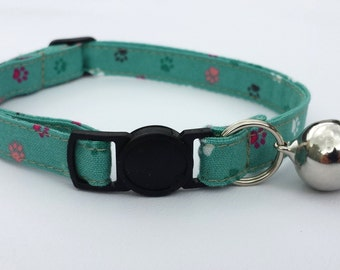 Cat Collar - Green paw print