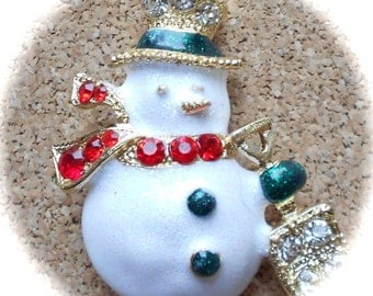 V42: Vintage Snowman pin--signed TC