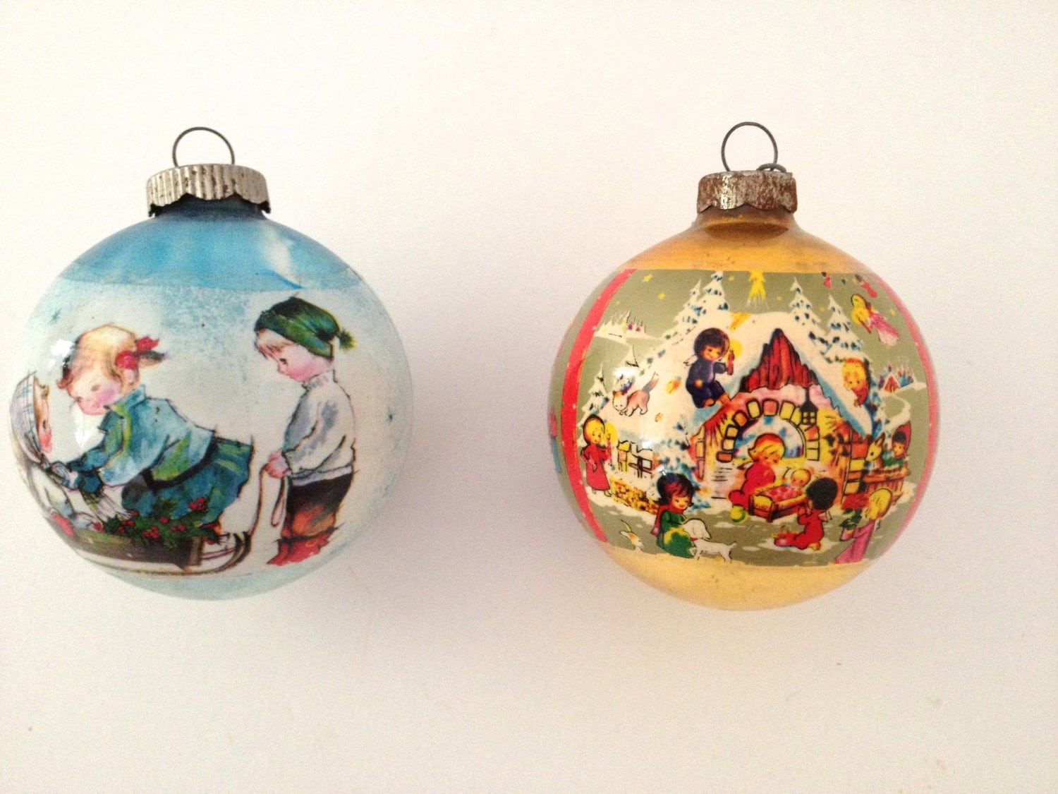 Vintage christmas ornaments old fashioned holiday scenes for What to do with old christmas ornaments