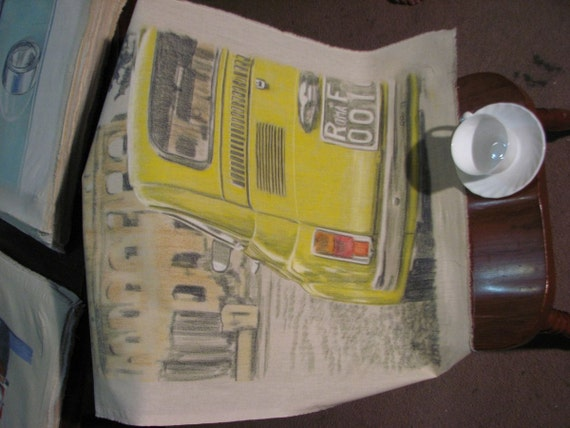 Drawing of a yellow Fiat 500 in front of the Coliseum