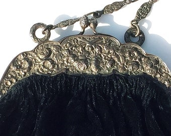 Antique Fratelli Coppini Opera Bag Edwardian Victorian Black Silk Velvet 800 Silver Repousse Clasp and Chain