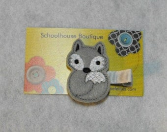 Gray Fox Felt Hair Clips, Feltie Hair Clip, felt clippie, felt hair bow, felt hair clip, party favor
