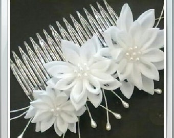 Brides flower comb