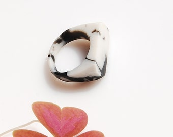 Marble Ring / size US 6,75
