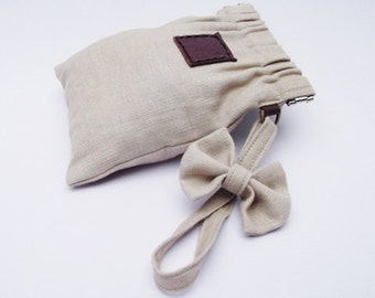 flex frame purse with linen fabric