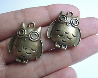 12Pcs 25X21mm Antique Bronze Owl (A409)