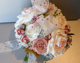 Rose and blossom bouquet