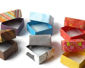 10 Small Boxes in Complimentary Colours & Patterns