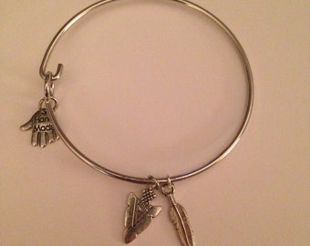arrowhead & feather or fortune cookie alex n ani style charm bracelet