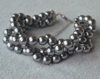 gray pearl Bracelet, Glass Pearl Bracelet,Triple strand gray Pearl Bracelet,Wedding Bracelet,Bridesmaid Bracelet,Maid of honor jewelry