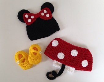 Preemie Baby Girl Photo Prop, Preemie Crochet Minnie Mouse, Handmade Crochet Minnie Mouse, Baby Minnie Mouse Outfit, Preemie Photo Prop,