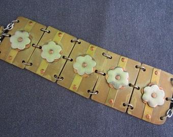 bracelet, linked bracelet, flower bracelet, flower jewelry, mixed metal bracelet, mixed metal jewelry ,wide bracelet, bracelet for women