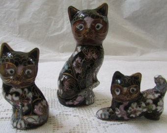Trio of  vintage flowered  cloisonne cats from China