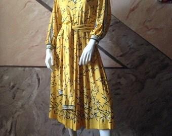Hermes Dress Vintage bright yellow very beautiful
