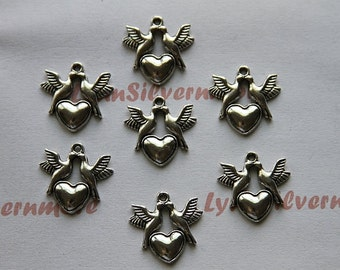 20 pcs  - 21x20mm Love Birds Charms Antique Silver Finish Lead Free Pewter