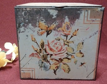 Vintage Tin Box Made in England. 1940's, Shabby Chic, Chippy, Cottage Chic