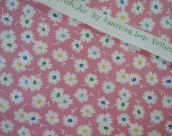 "Fat quarter of Fresh Air by American Jane Patterns Sandy Klop for Moda Daisies on pink background. Approx. 18"" x 22"" Printed In Japan"