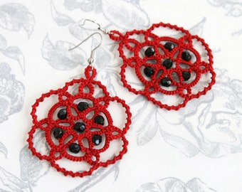 Tatted earrings Poppy, red earrings, red lace earrings, dangle earrings, long earrings, statement earrings, tatting jewelry, bridesmaid gift