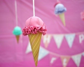 5 Ice Cream Cones - Party Decorations