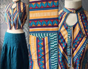 Vintage woman 80s/90s Aztec crop top