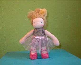 Moira * handgemachte waldorf Puppe * 20cm * extra gewichtet