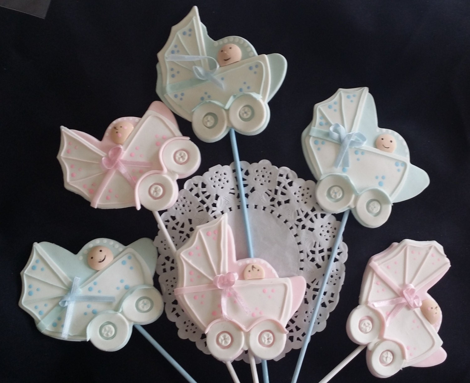 Boy or girl baby shower baby carriage centerpiece baby for Baby carriage decoration