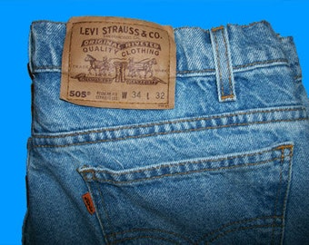 Levis 505 Regular 34 W x 32 L Vintage Made in USA