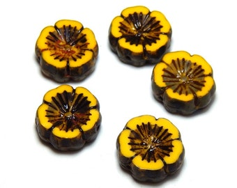 5 Flower Beads, Nature Beads, Sunflower Beads, Yellow Flower Beads, Czech Sunflower, Hibiscus Beads, Czech Flowers, Daisy Beads, T-085D