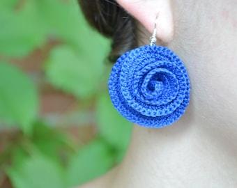 Royal blue crochet earrings, crochet jewelry, irish crochet rose, textile earrings, cotton earrings, bijoux, bridesmaids