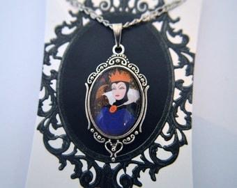 Snow White -Disney Villain - Evil Queen necklace