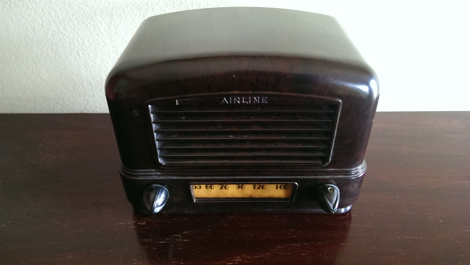 bluetooth 1940 39 s airline mini antique radio by echoradios on etsy. Black Bedroom Furniture Sets. Home Design Ideas