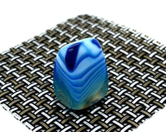 Blue Banded Agate Gemstone