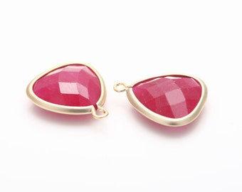 Fuchsia Glass Triangle Pendant  Matte Gold -Plated - 2 Pieces [SS0010-MGFC]