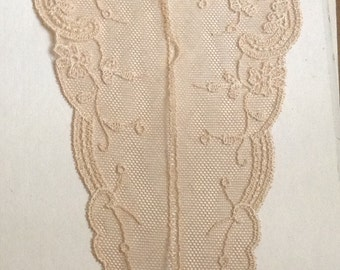 Very Lovely Lace Collar