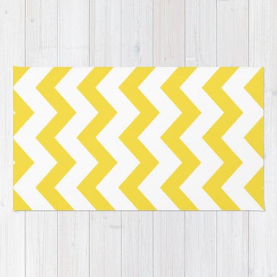 yellow chevron area rug yellow and white chevron printed rug. Black Bedroom Furniture Sets. Home Design Ideas