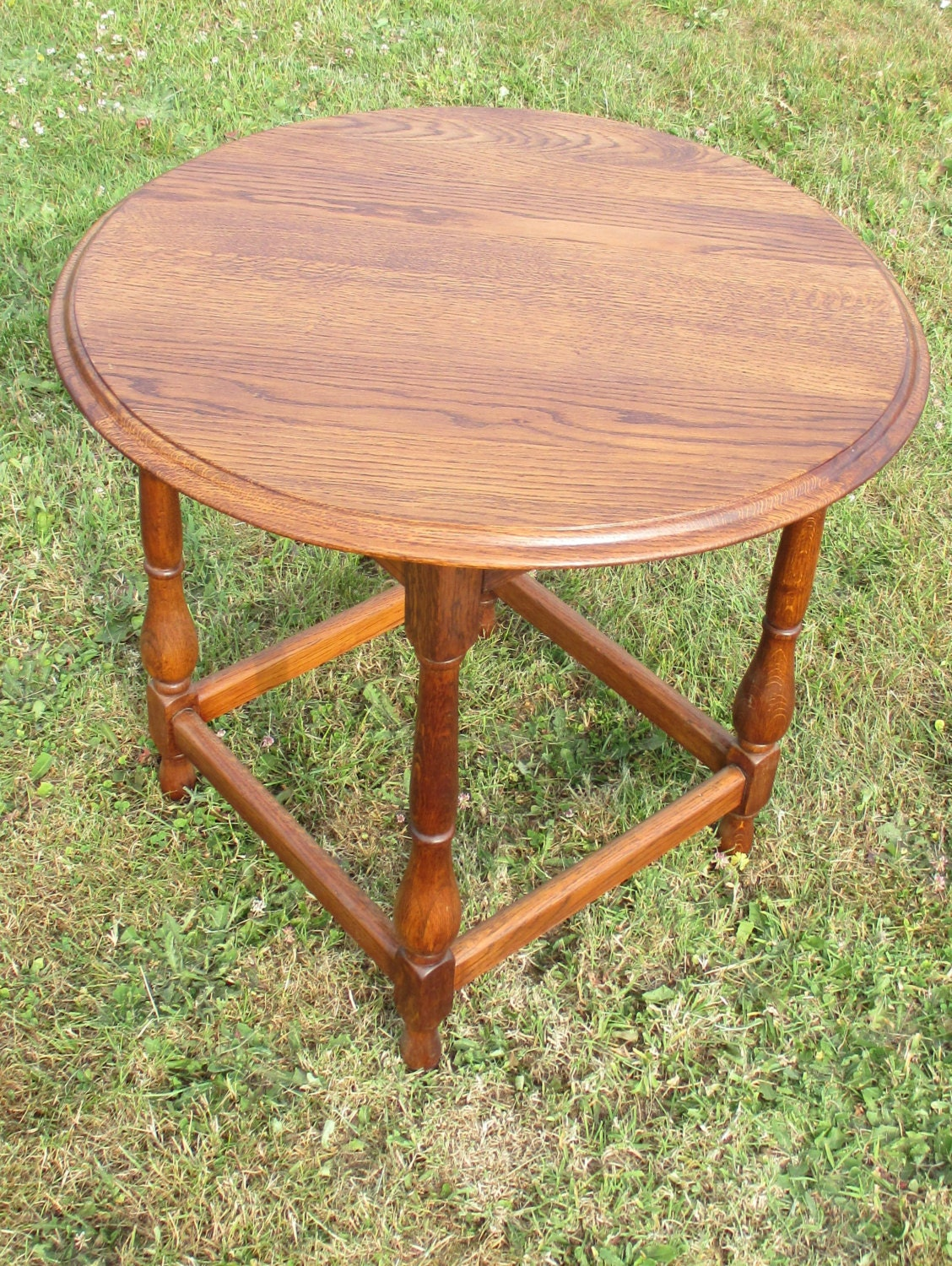 Oak Side Table: Intage Small Round Table Oak Wood Side Table Beautiful