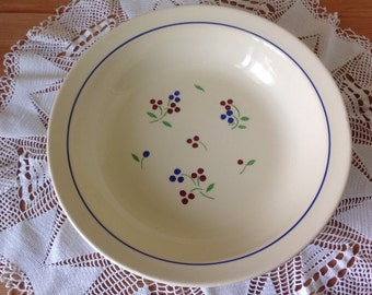 Beautiful deep dish / platter / stamped K and G LUNEVILLE FRANCE 75 ODILE