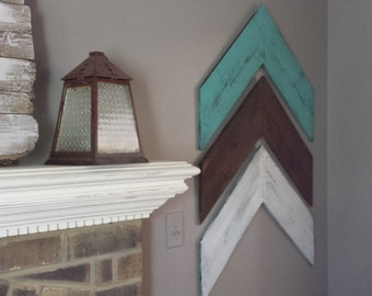 Reclaimed cedar wood chevron arrows.. use as a single or as a set. Would be perfect for any media wall, pallet wood, rustic decor