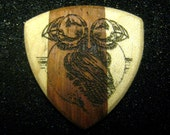Wooden Guitar Pick Maine Love Puffin