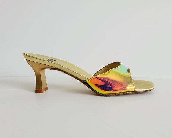 STUART WEITZMAN holographic slides // low heel by FEMKEvintage